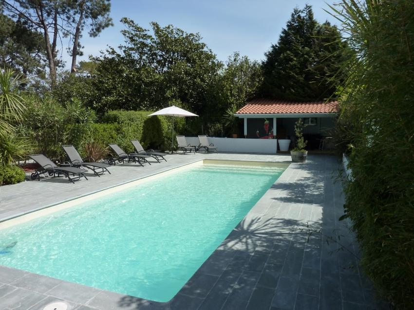 cabane en chambres d 39 h tes biarritz bidart location chambre d 39 h te bidart pyr n es. Black Bedroom Furniture Sets. Home Design Ideas